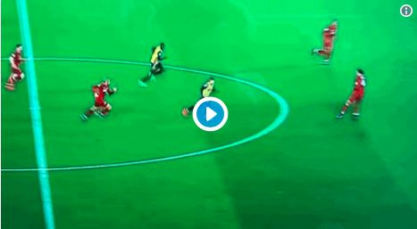 (Video) Fabinho bullies Deulofeu with exceptional recovery tackle
