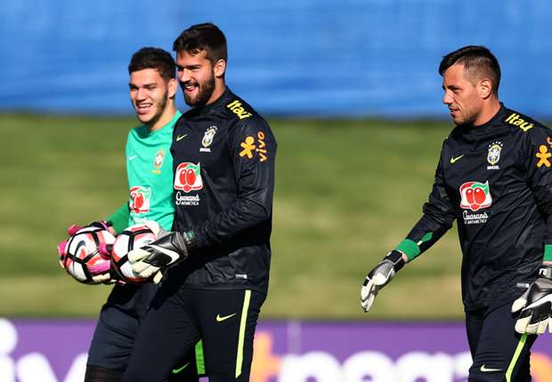 Alisson heaps praise on Brazil team-mate ahead of Madrid move