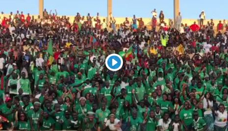 (Video) Fans make their feelings known to Mane amid Real Madrid interest