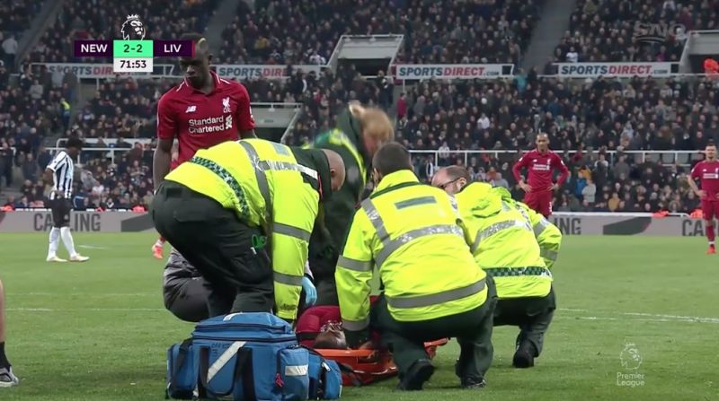 (Video) – Salah carried off on stretcher after suffering serious head injury