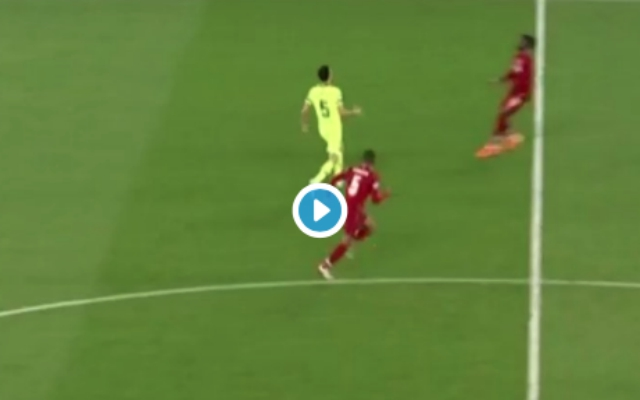(Video) – Gini pulls off absolutely filthy skills to see off Barça challenges in style