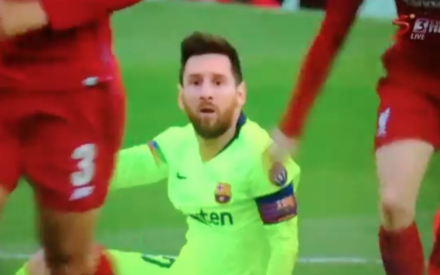 (Video) – Robertson avenges Messi sh*thousery by getting into his head early on