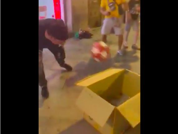 (Video) God is real: Fowler heads into bin & sends Madrid wild