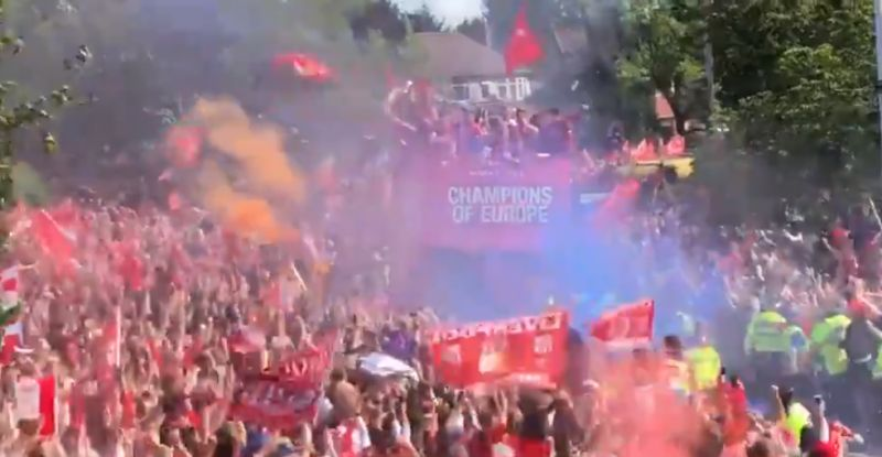 (Video) Liverpool parade Champions League trophy around city