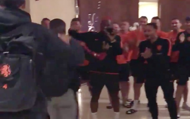 (Video) – Gini and Van Dijk given CL hero's welcome by Dutch teammates