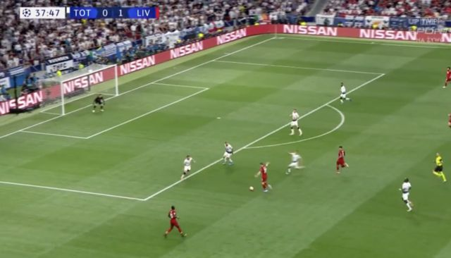 Video: Robertson nearly bags one of the CL goals of the season with effort vs Spurs in final
