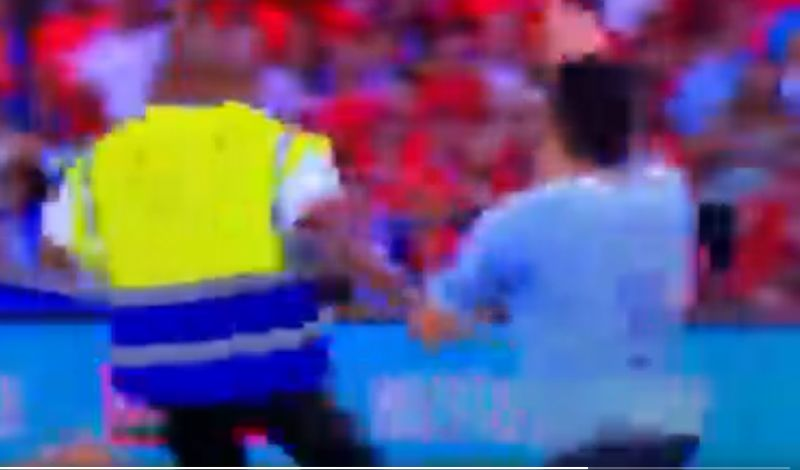 (Video) Former LFC star tries to get player booked for the controversial reason