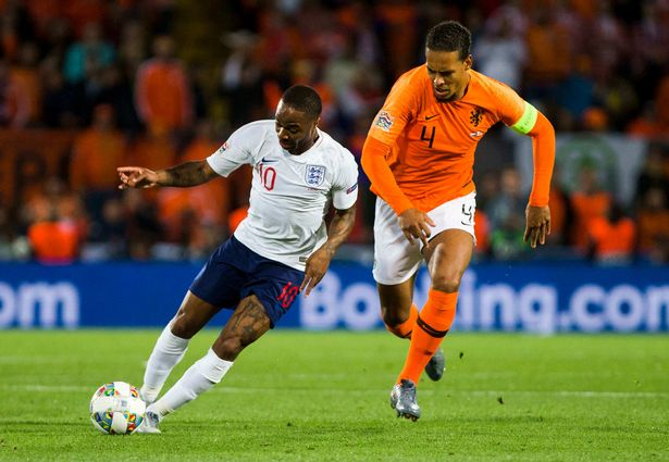 Bullish van Dijk reacts to England fans booing him in typically classy fashion