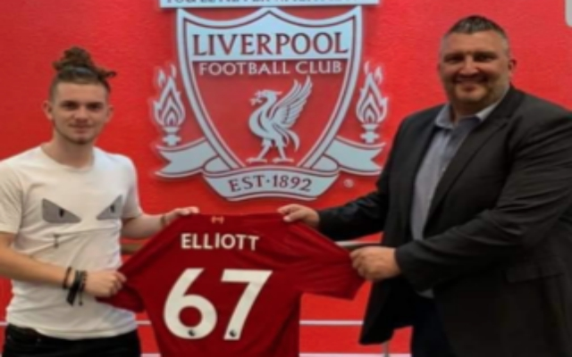 (Photo) Harvey Elliott pictured with new shirt number as he arrives at Anfield
