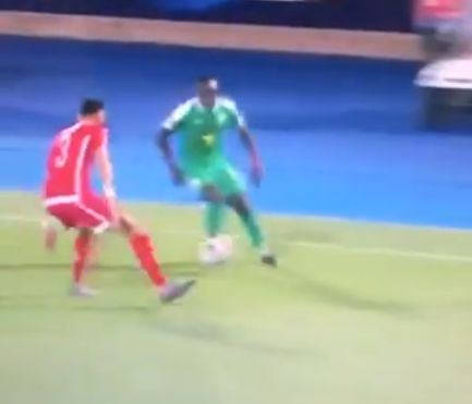 (Video) Mane embarrasses opponent with great skill in AFCON semi-final