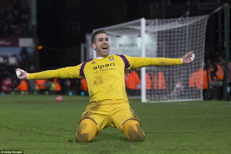 Liverpool are set to sign Adrian to replace Mignolet as backup goalkeeper