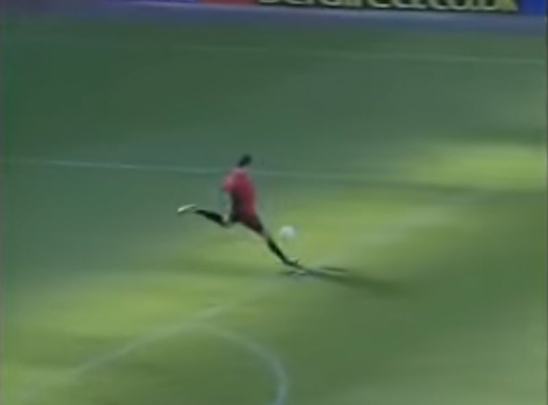 (Video) LFC's new goalkeeper Andy Lonergan once scored from his own area