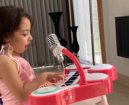 (Video) Mo Salah shares video of daughter who seems to have a Scouse accent