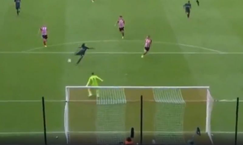 (Video) Sadio Mane gets away with fluffed chance against Sheffield United