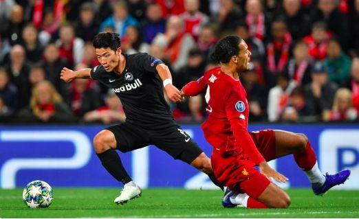 'Best striker in world' 'Hee Chan for Ballon d'Or' Reaction to goal LFC concede sums up just how good Van Dijk is