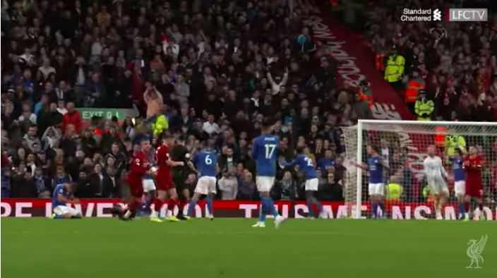 (Video) Watch how Hendo enforced penalty pecking order v Leicester – not that there was much doubt anyway