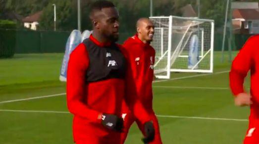 (Video) Fabinho cracks jokes in English during Melwood rondo