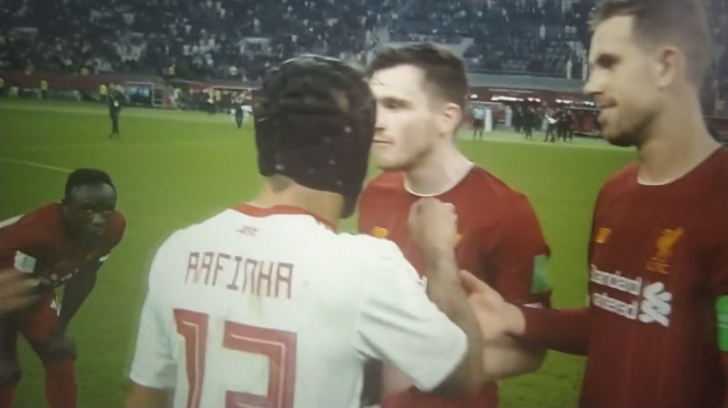 (Video) Mane stares out cheating Rafinha after full-time whistle as Robbo goes off on one