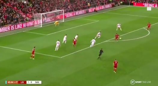 (Video) Firmino's sublime first touch sums up Brazilian's skill