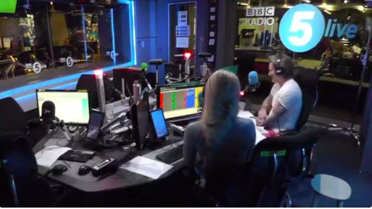 (Video) Robbie Savage shuts down bitter City caller chatting nonsense about Liverpool