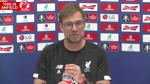 (Video) Klopp predicts journo will ask 'sh*t' question and everyone loves it