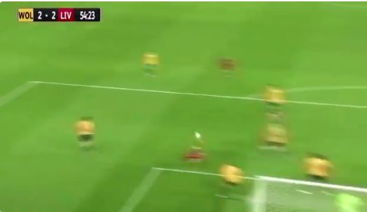 (Video) Harvey Elliott scores ridiculous bicycle kick for LFC U23s from a corner