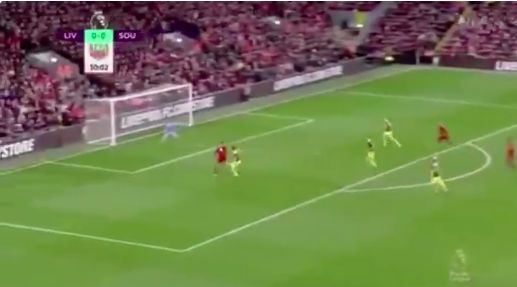 (Video) Van Dijk almost scores outrageous chipped back-heel, which centre-backs simply shouldn't be capable of doing