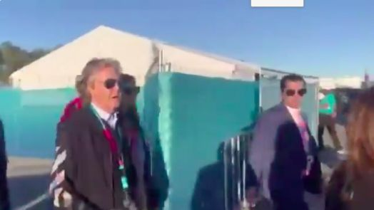 (Video) Paul McCartney tells American journalists Liverpool will win the SuperBowl