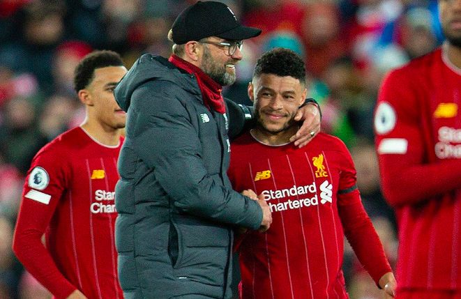 Oxlade-Chamberlain defended passionately by Klopp, who blames Aston Villa performance on the pitch 'dry like the Sahara'