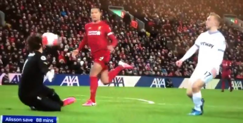 (Video) Alisson saves well with his face to make sure LFC collect another three points