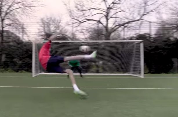 (Video) Crouch recreates famous bicycle kick goal against Galatasaray