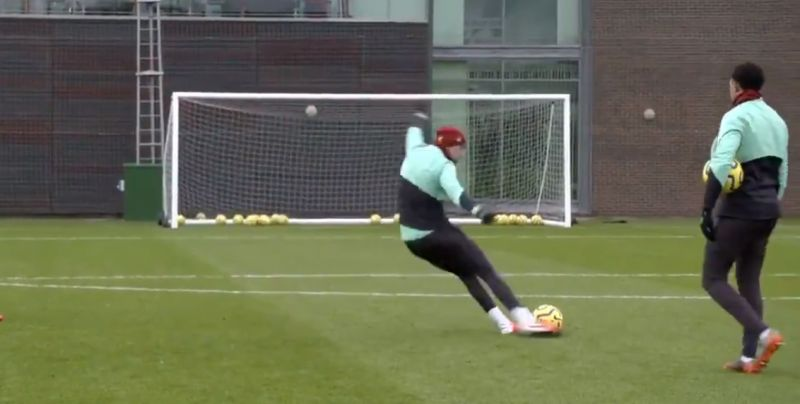 (Video) Hendo bangs in free-kicks with Trent & van Dijk in first training session after winter break