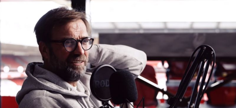 "(Video) ""Wow"" – Klopp blasts fickle Man Utd fan for moaning about lack of success"