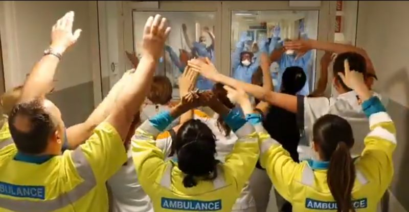 (Video) NHS staff sing 'You'll Never Walk Alone' to each other amid COVID-19 pandemic