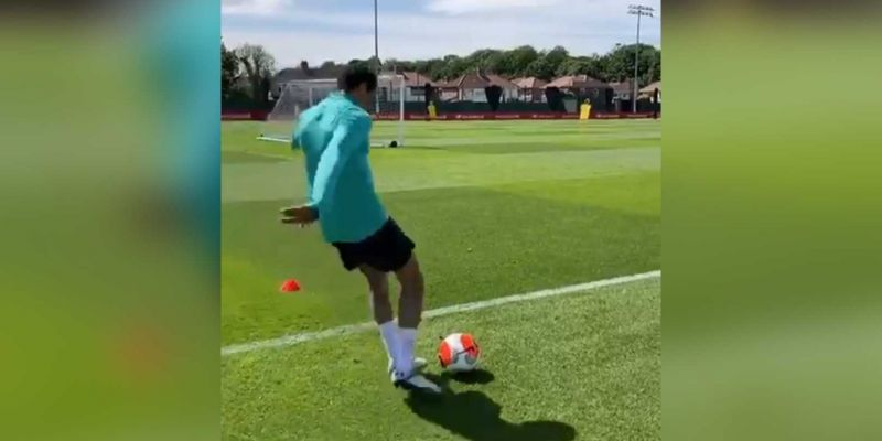 (Video) Trent nets free-kick from ludicrous angle behind goal in training