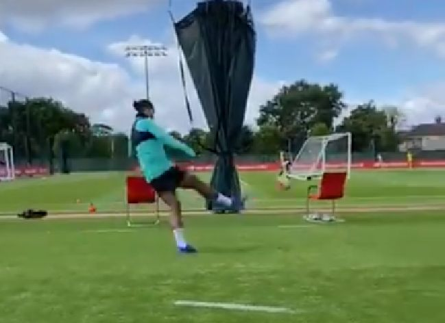 (Video) van Dijk nets free-kick from ludicrous angle behind goal in training