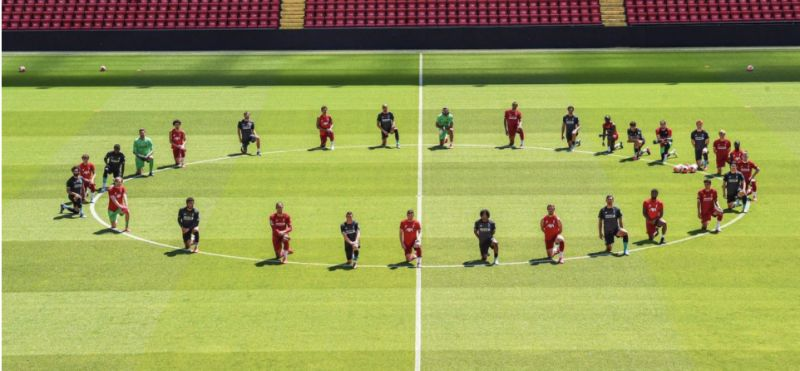 (Image) Liverpool FC 'take a knee' in powerful #BlackLivesMatter protest