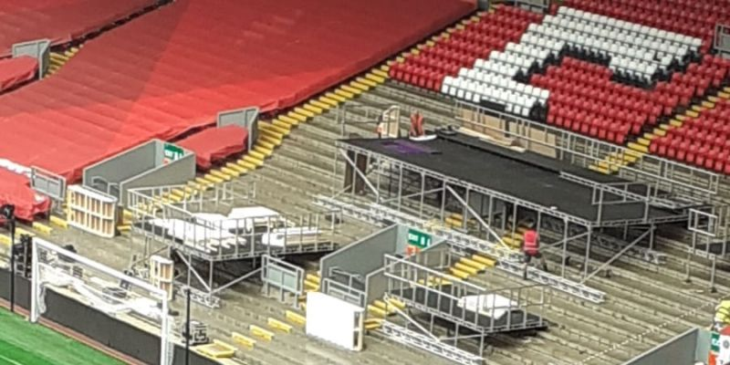 (Photo) Podium appears on the Kop ahead of Premier League trophy presentation at Anfield