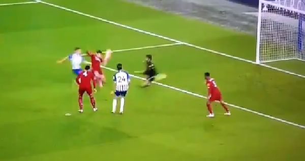 (Video) Neco Williams saves Liverpool with stunning block after countless cross-field pings that leave fans purring