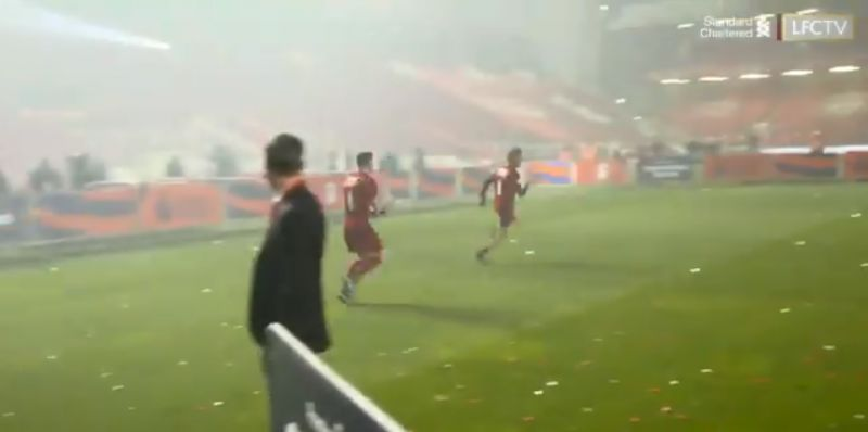 (Video) Coach outpacing Robbo – who was chasing him with a champagne bottle – is great content