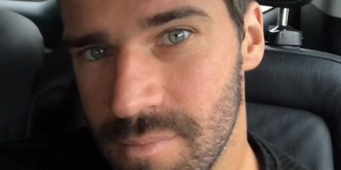 (Photo) Liverpool star Alisson shows off new, much shorter haircut