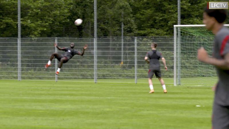 (Video) Sadio Mane wants to score bicycle kick so badly this season he's been practising in Austria…