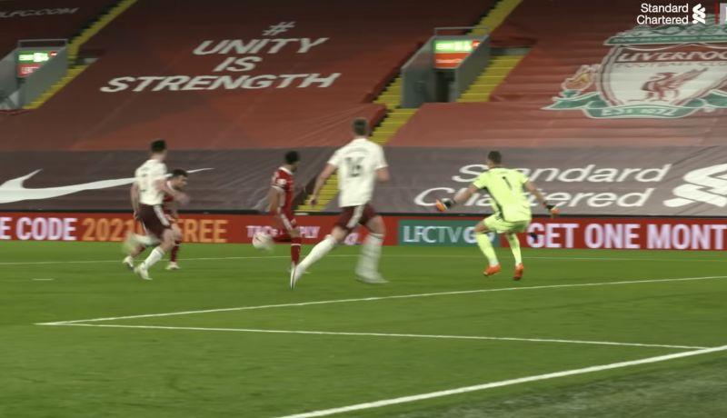 New Video shows how Liverpool players reacted to the Salah/Jota miss v Arsenal… 'Mo! Mo! Mooooo….'
