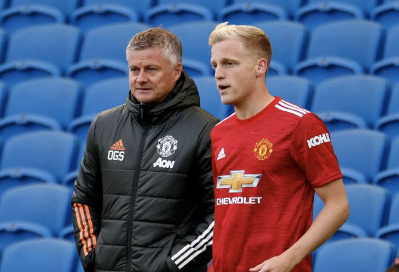 Van de Beek's agent already kicking off at Manchester United, but this wouldn't and doesn't happen at Liverpool