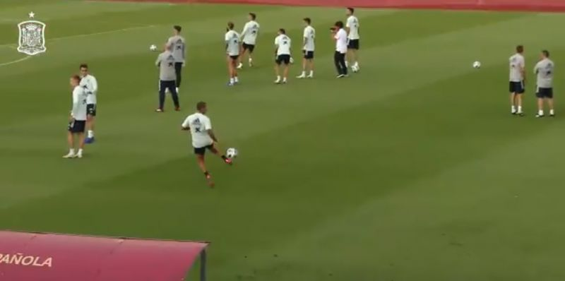 (Video) Liverpool fans will drool over this filthy touch by Thiago in Spain training