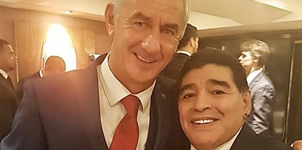 (Image) Maradona tells Liverpool legend Rush he wishes they'd have played together