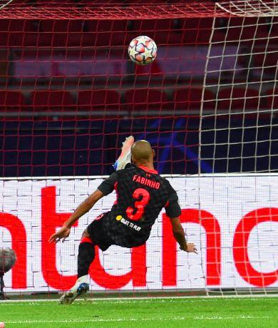 Klopp ranks Fabinho's three best positions after world-class Ajax display