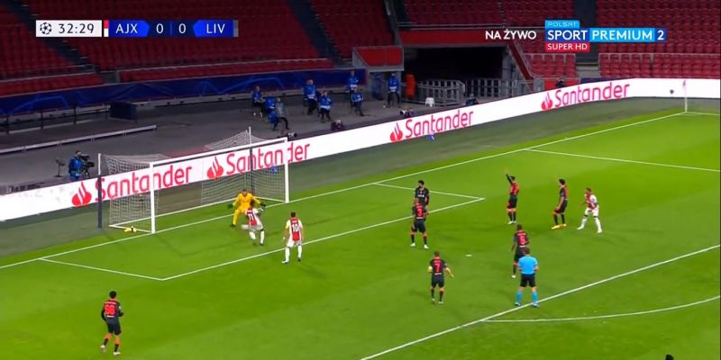 (Video) Adrian pulls off great save from pointblank range after incredibly nervy start