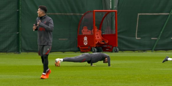 (Video) Cheeky Firmino celebrates after beating Fabinho in training drill at Melwood