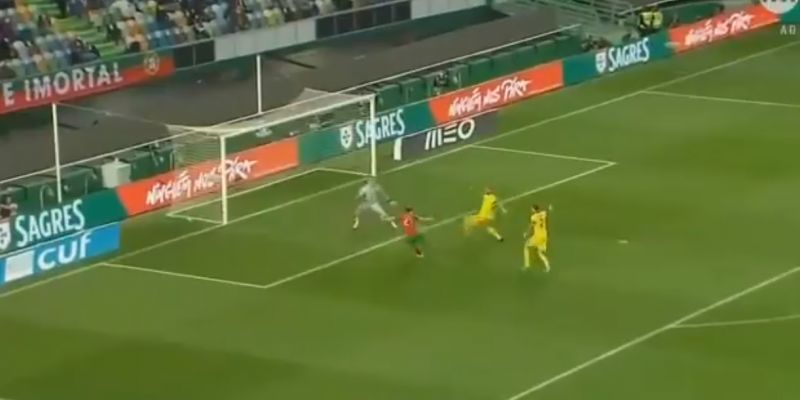 (Video) Jota slams home poacher's finish for Portugal, showing his world-class ability